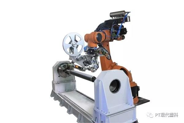 高性能地生产结构复合材料部件的革命性的变化