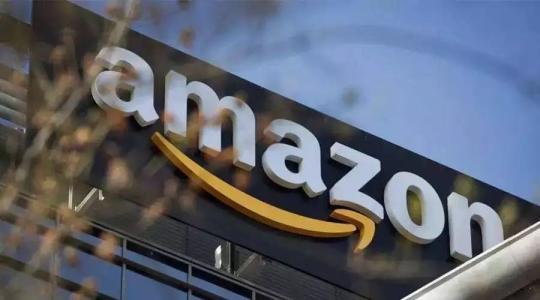亚马逊盘中市值破万亿美元 与英伟达、苹果齐创收盘纪录高位