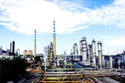 齐鲁石化烯烃厂应对台风稳定生产