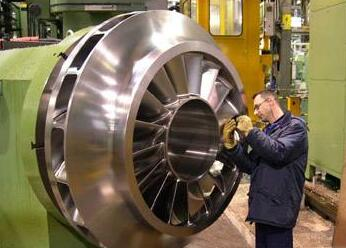 十建中科乙烯工程十台压缩机组提前安装完成