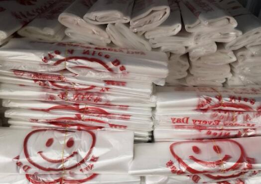 澳门订明每个塑料袋收费1澳门元 11月18日起生效