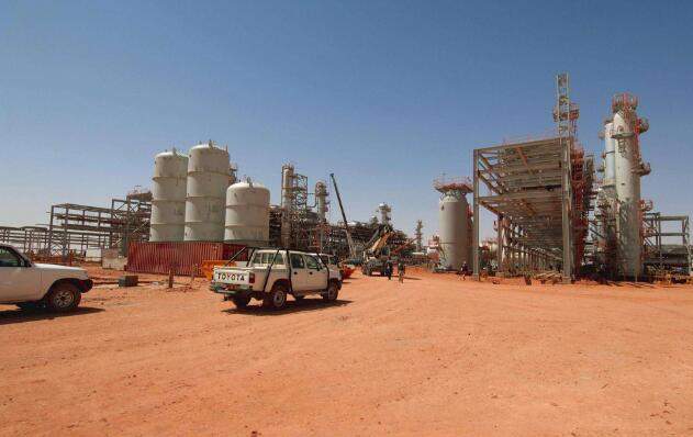 阿尔及利亚:对石油产品和塑料袋将征收更高的税